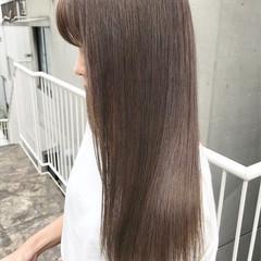 アッシュグレージュ グレージュ ロング ラベンダーアッシュ ヘアスタイルや髪型の写真・画像