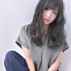 アッシュ ロング ガーリー 大人女子 ヘアスタイルや髪型の写真・画像