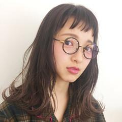 オン眉 セミロング 外国人風カラー グラデーションカラー ヘアスタイルや髪型の写真・画像