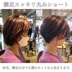 ミニボブ フェミニン ベリーショート 切りっぱなしボブ ヘアスタイルや髪型の写真・画像