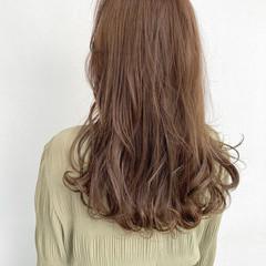 髪質改善カラー ナチュラル ゆるふわパーマ レイヤーロングヘア ヘアスタイルや髪型の写真・画像
