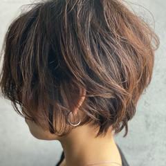 ナチュラル ショート アンニュイほつれヘア ショートヘア ヘアスタイルや髪型の写真・画像
