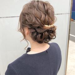 ナチュラル 結婚式 ヘアアレンジ 簡単ヘアアレンジ ヘアスタイルや髪型の写真・画像