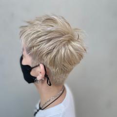 モード ショート メンズマッシュ グレージュ ヘアスタイルや髪型の写真・画像