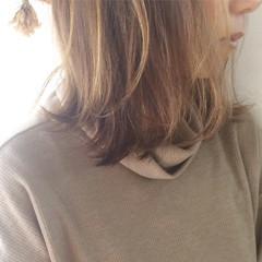 ミディアム ニュアンス ボブ ハイライト ヘアスタイルや髪型の写真・画像