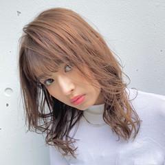 ベージュ 鎖骨ミディアム ミディアム 韓国風ヘアー ヘアスタイルや髪型の写真・画像