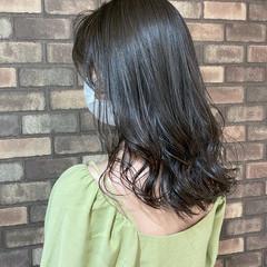 イルミナカラー 透明感 セミロング 艶髪 ヘアスタイルや髪型の写真・画像