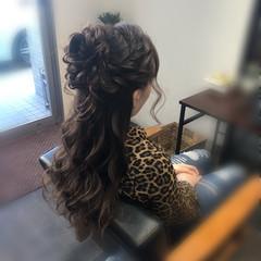 ヘアアレンジ 結婚式ヘアアレンジ ねじり ハーフアップ ヘアスタイルや髪型の写真・画像