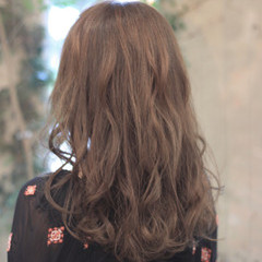 外国人風 リラックス 外国人風カラー フェミニン ヘアスタイルや髪型の写真・画像