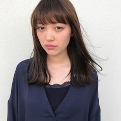 斜め前髪 ミディアム 女子会 ナチュラル ヘアスタイルや髪型の写真・画像
