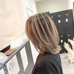 ストリート 外国人風カラー バレイヤージュ レイヤーカット ヘアスタイルや髪型の写真・画像