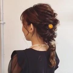 ヘアアレンジ セミロング フェミニン デート ヘアスタイルや髪型の写真・画像