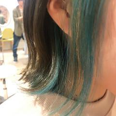 インナーカラー ボブ ブリーチ インナーグリーン ヘアスタイルや髪型の写真・画像