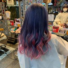 インナーカラー ラベンダーピンク カラーバター セミロング ヘアスタイルや髪型の写真・画像