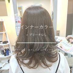 セミロング グレージュ ノーブリーチ ガーリー ヘアスタイルや髪型の写真・画像
