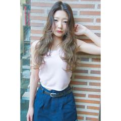 グラデーションカラー ロング ストリート 外国人風 ヘアスタイルや髪型の写真・画像