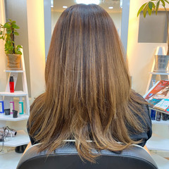 グラデーションカラー ハニーベージュ エレガント ロング ヘアスタイルや髪型の写真・画像