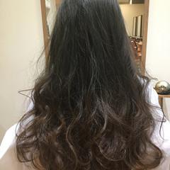 アッシュ グラデーションカラー セミロング ハイライト ヘアスタイルや髪型の写真・画像