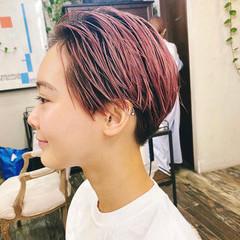オールバック ペールピンク ベリーショート ストリート ヘアスタイルや髪型の写真・画像