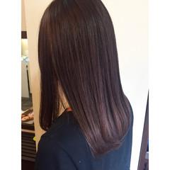 ベリーピンク ピンク ラベンダー 暗髪 ヘアスタイルや髪型の写真・画像