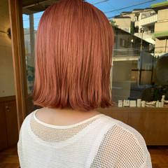 オレンジ コーラルピンク ミディアム コーラル ヘアスタイルや髪型の写真・画像