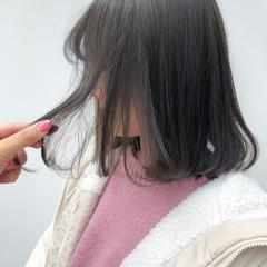 ミルクティーグレージュ アッシュグレージュ ボブ フェミニン ヘアスタイルや髪型の写真・画像