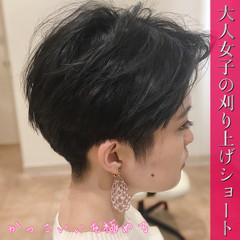 ツーブロック 刈り上げ女子 モード ベリーショート ヘアスタイルや髪型の写真・画像