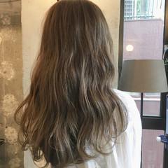 ウェーブ アンニュイ ロング デート ヘアスタイルや髪型の写真・画像