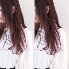 ラベンダーピンク フェミニン ロング レッド ヘアスタイルや髪型の写真・画像