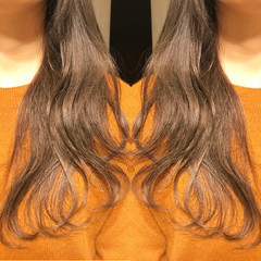 アンニュイ グレージュ デート ナチュラル ヘアスタイルや髪型の写真・画像