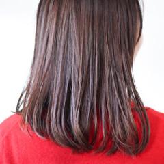 パープルカラー ピンクパープル ナチュラル ツヤツヤ ヘアスタイルや髪型の写真・画像