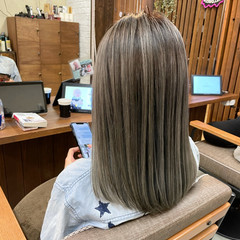 ハイライト コンサバ 外国人風 バレイヤージュ ヘアスタイルや髪型の写真・画像