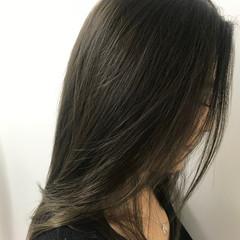 ミディアム ヘアカラー エレガント 透明感カラー ヘアスタイルや髪型の写真・画像