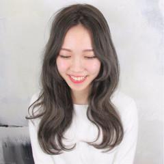 ロング 外国人風 波ウェーブ ハイライト ヘアスタイルや髪型の写真・画像