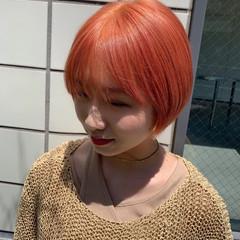 ガーリー ショート ブリーチカラー ショートヘア ヘアスタイルや髪型の写真・画像