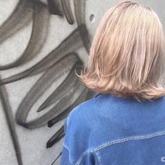 ダブルカラー ボブ ストリート 外ハネ ヘアスタイルや髪型の写真・画像