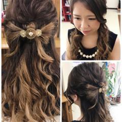 女子会 セミロング フェミニン ヘアアレンジ ヘアスタイルや髪型の写真・画像