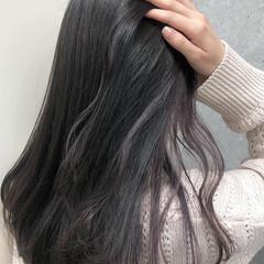 ロング ガーリー 簡単ヘアアレンジ ラベンダーグレージュ ヘアスタイルや髪型の写真・画像