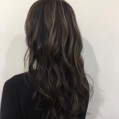 ロング ハイライト 大人かわいい コンサバ ヘアスタイルや髪型の写真・画像
