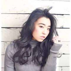 ロング 黒髪 外国人風 暗髪 ヘアスタイルや髪型の写真・画像