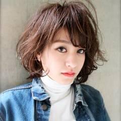 ストリート ナチュラル ショート 暗髪 ヘアスタイルや髪型の写真・画像