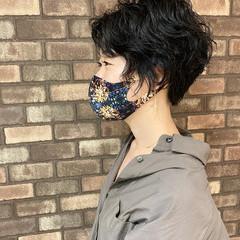 ショートヘア 大人ショート ハンサムショート パーマ ヘアスタイルや髪型の写真・画像