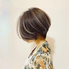 ショートヘア ハイライト 大人ショート ミニボブ ヘアスタイルや髪型の写真・画像