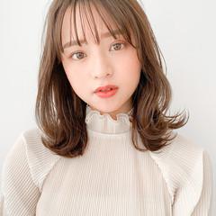 インナーカラー 透明感 小顔ヘア レイヤーカット ヘアスタイルや髪型の写真・画像