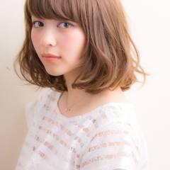 ミディアム 丸顔 モテ髪 ガーリー ヘアスタイルや髪型の写真・画像