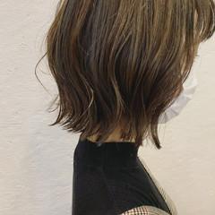 ハイライト 切りっぱなしボブ ナチュラル 外ハネボブ ヘアスタイルや髪型の写真・画像