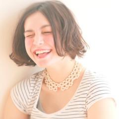 ウェーブ ガーリー ナチュラル 外国人風 ヘアスタイルや髪型の写真・画像