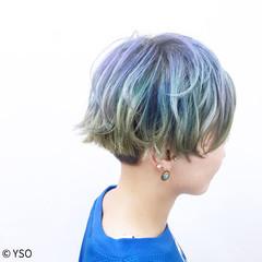 刈り上げ グラデーションカラー ショート ガーリー ヘアスタイルや髪型の写真・画像