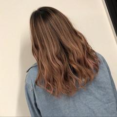 外国人風カラー コントラストハイライト ハイライト セミロング ヘアスタイルや髪型の写真・画像