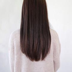 アッシュ ロング イルミナカラー ナチュラル ヘアスタイルや髪型の写真・画像